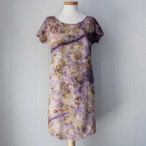 vestido-mujer-wul-ecoprint-algodon-organico-tintes-naturales-ropa-vegana-ecoimpresion-camisetasecoprint-estampacion-botanica-NINA012U