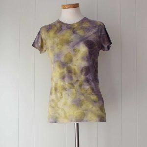 camiseta-mujer-ecoprint-wul-tintesnaturales-algodon-estampacionbotanica-BASIC591M