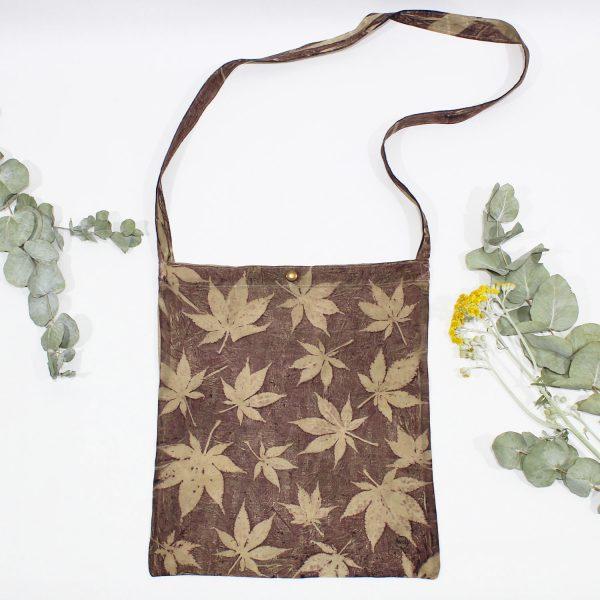 bandolera algodon organico ecoprint estampado botanico tintes naturales ecologico vegano