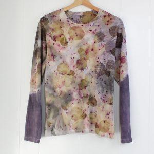camiseta algodon mujer ecoprint tinte natural estampado botanico sostenible