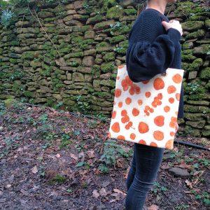 bolso tote shopper fieltro lana estampado botánico ecoprint hojas naturales serie limitada